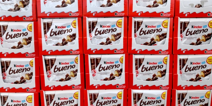 new Kinder Bueno Pearls