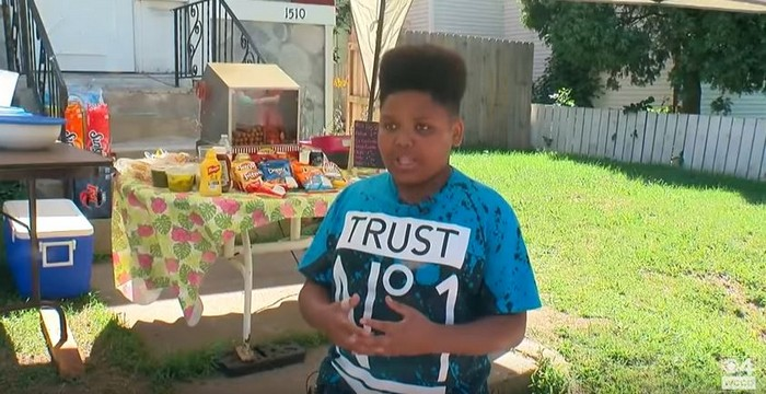 teen gets license for hot dog stand