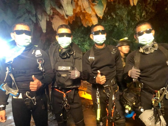 Viral photo of Thai Navy Seals