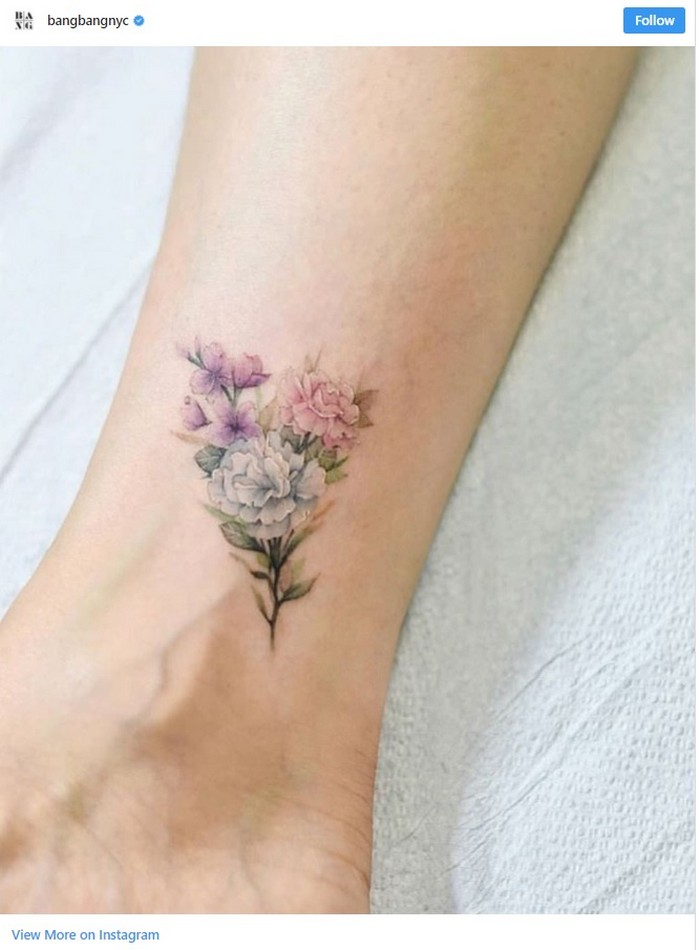 Photos of delicate flower tattoos from Instagram